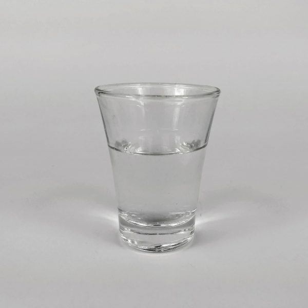 copa con aguardiente