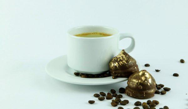 pocillo con cafe