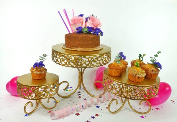 Juego de soportes para tortas con tortas